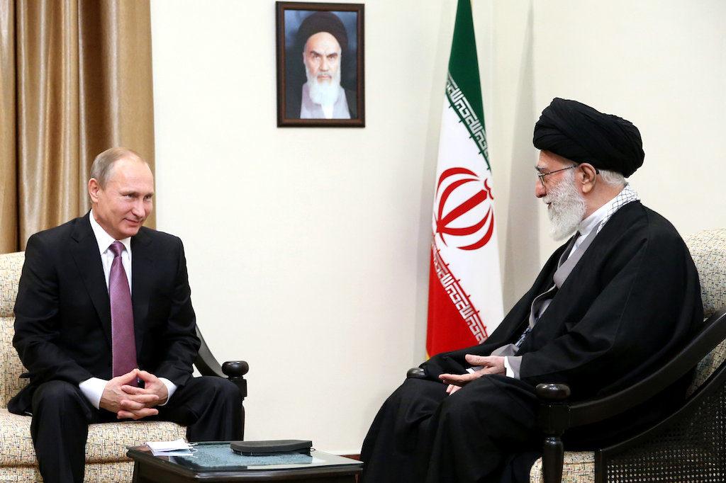 ali_khamenei_and_vladimir_putin