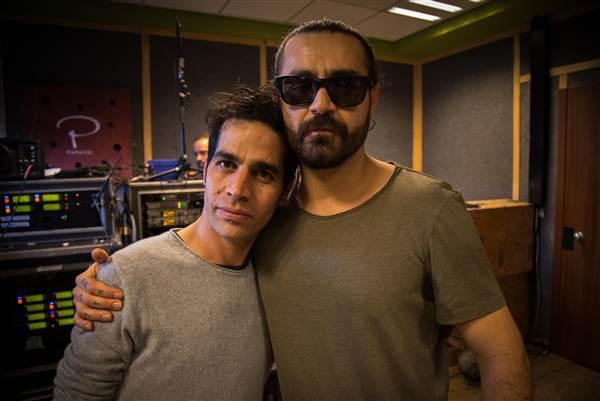 Aviv Geffen e il rapper iraniano Shahin Najafi.